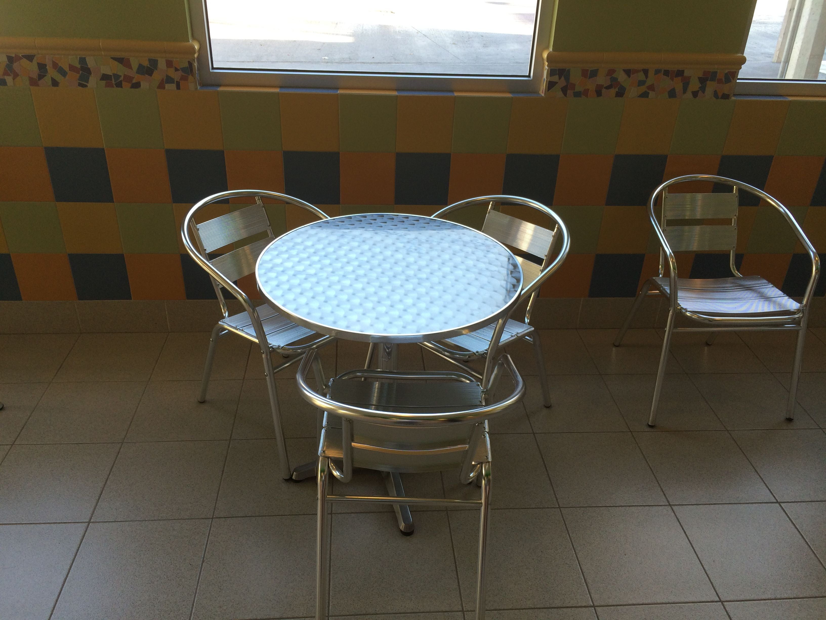 Furniture in Helados Sultana