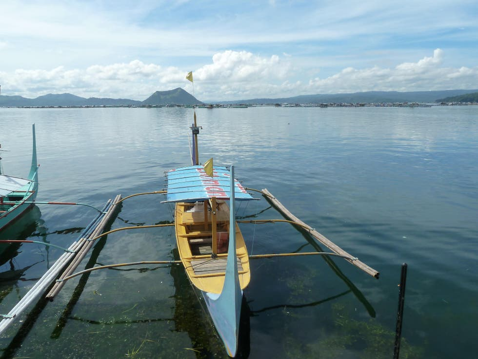 Mar en Lake Taal