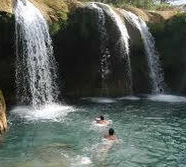 Corpo d'água em Pilon