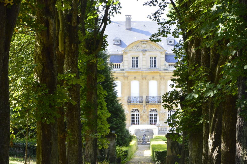 Estate in Châtel-Saint-Germain