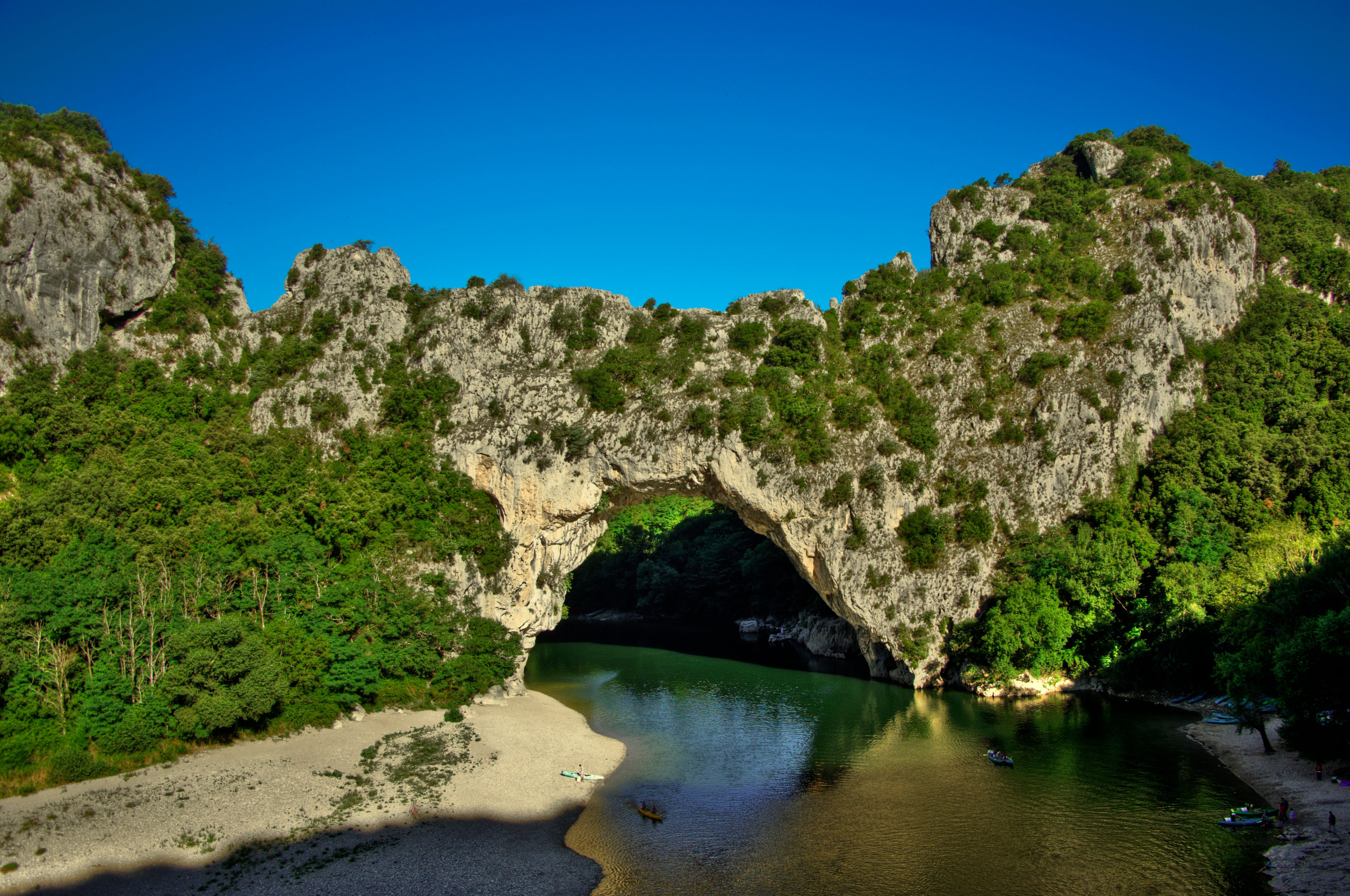 Photos de vallon pont d 39 arc images et photos - Office de tourisme de vallon pont d arc ...