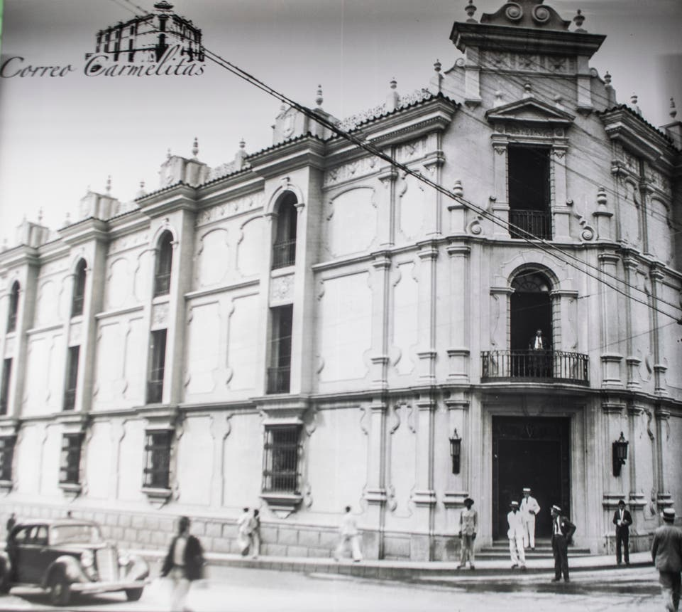 Blanco y negro en Museo Postal y de las Telecomunicaciones