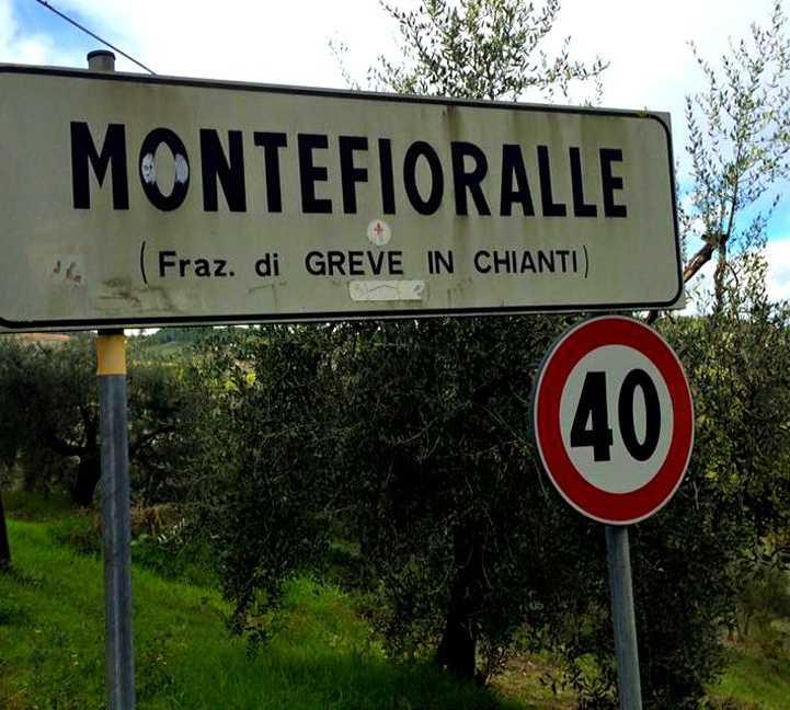 Señal en Fração de Chianti Montefioralle