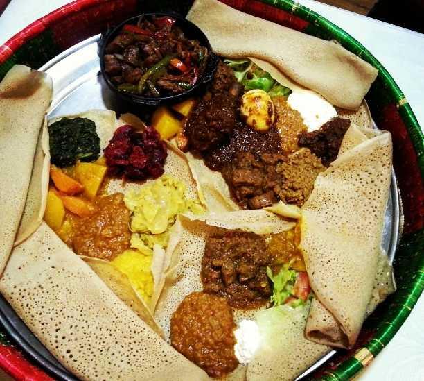 Sukiyaki en Nuria Restaurante Etíope