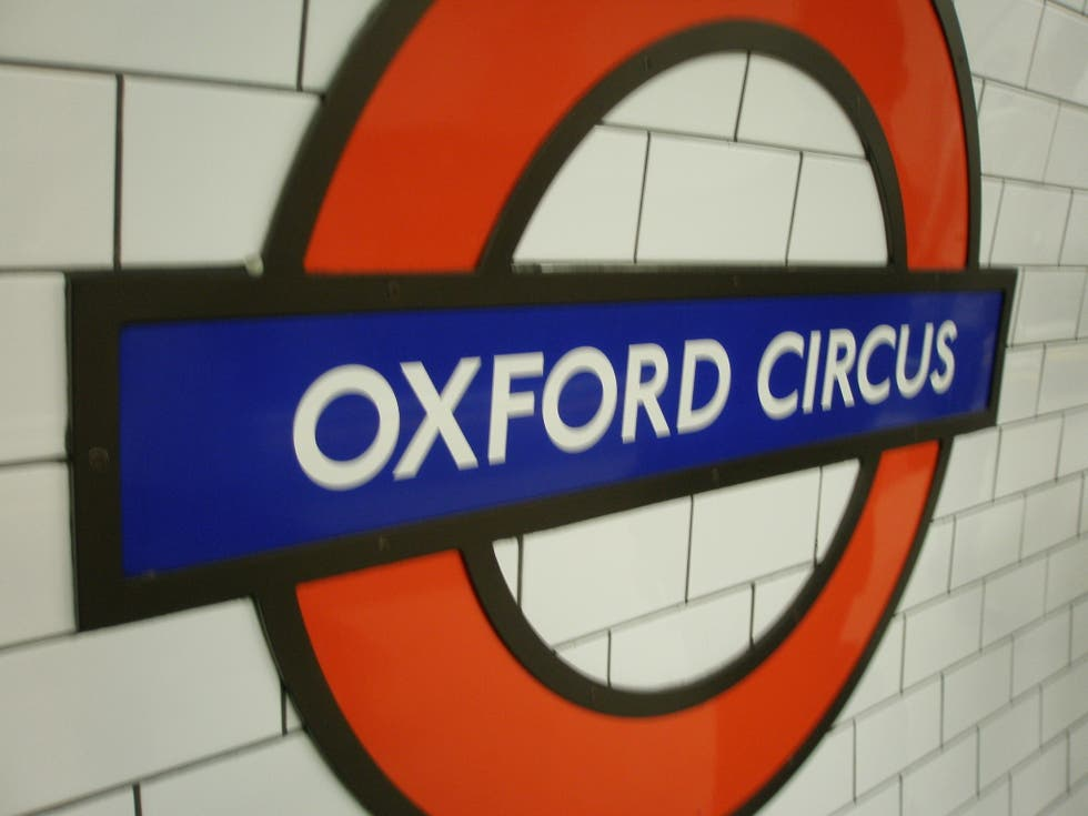 Logotipo en London Tube