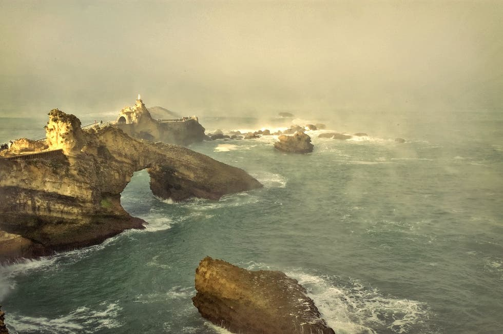 Stack in Biarritz