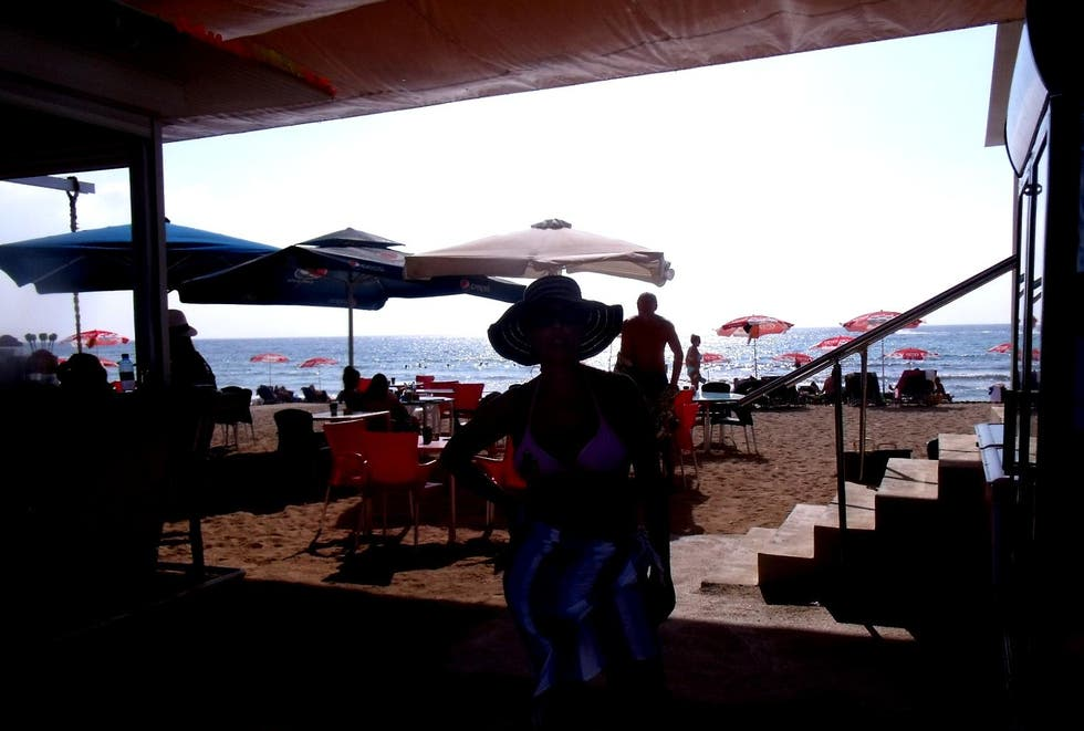Escenario en LightHouse beach snack-bar