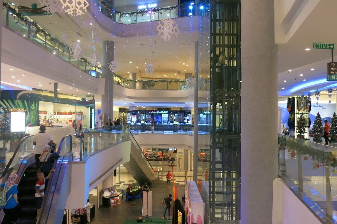 Retail Store in Oceanus Waterfront Mall