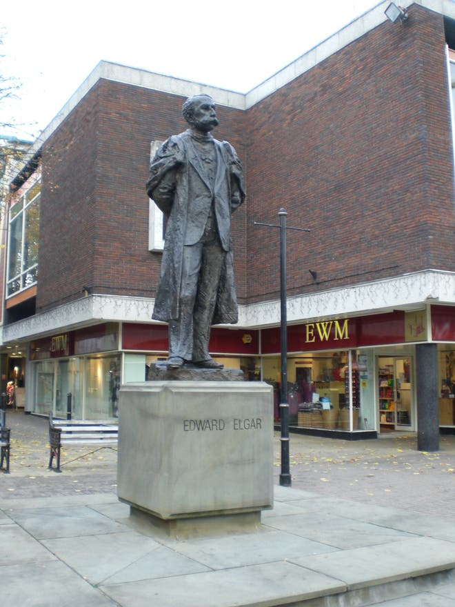 Statue in Worcester