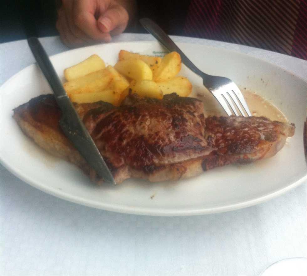 Comida en Restaurante El Rana Verde