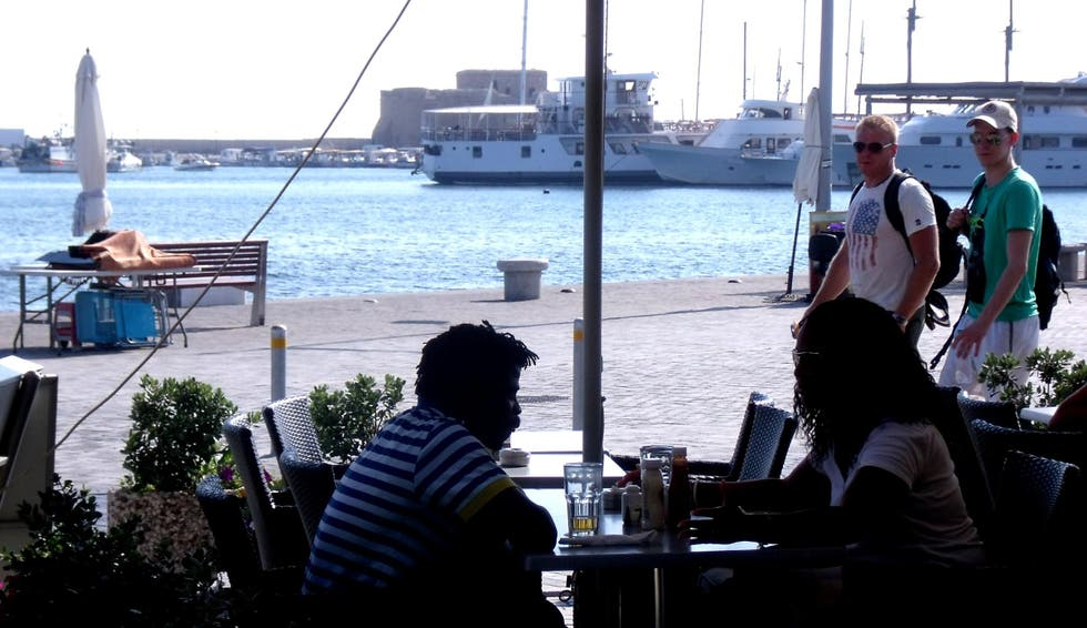 Barca en Café-Restaurante The Harbour