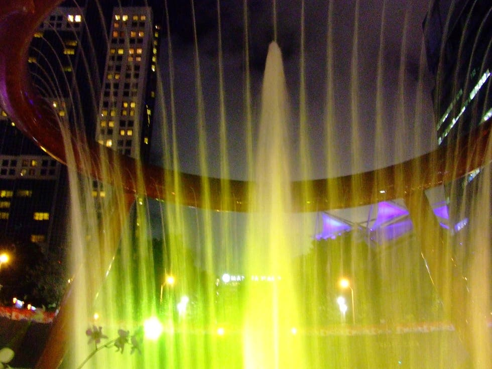 Amarillo en Fountain of Wealth