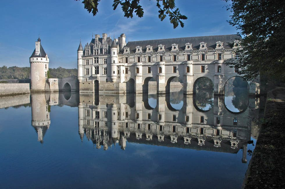 Reflection in Chenonceaux
