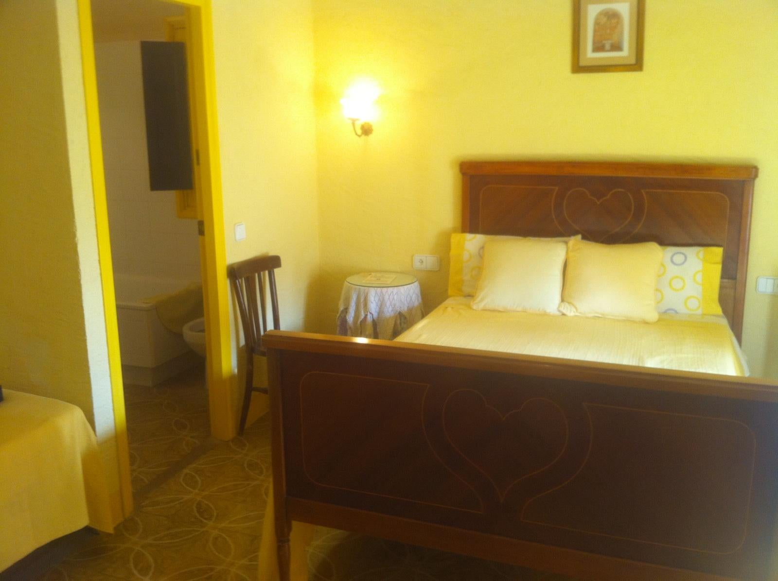 Room in La Pera