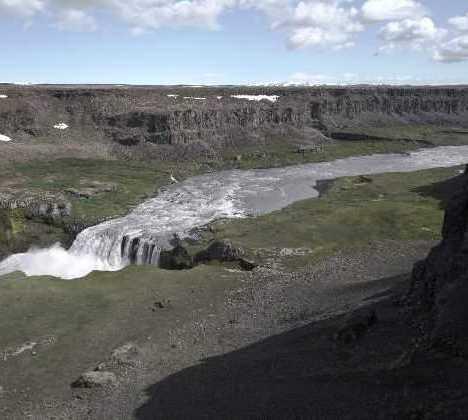 Manantial en Cascada Hafragilsfoss