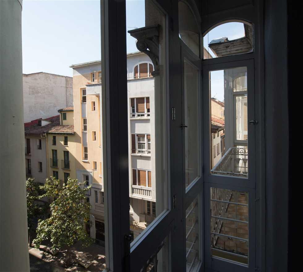 Fotos De Reflexo Em Hotel Marqu S De Vallejo Logro O