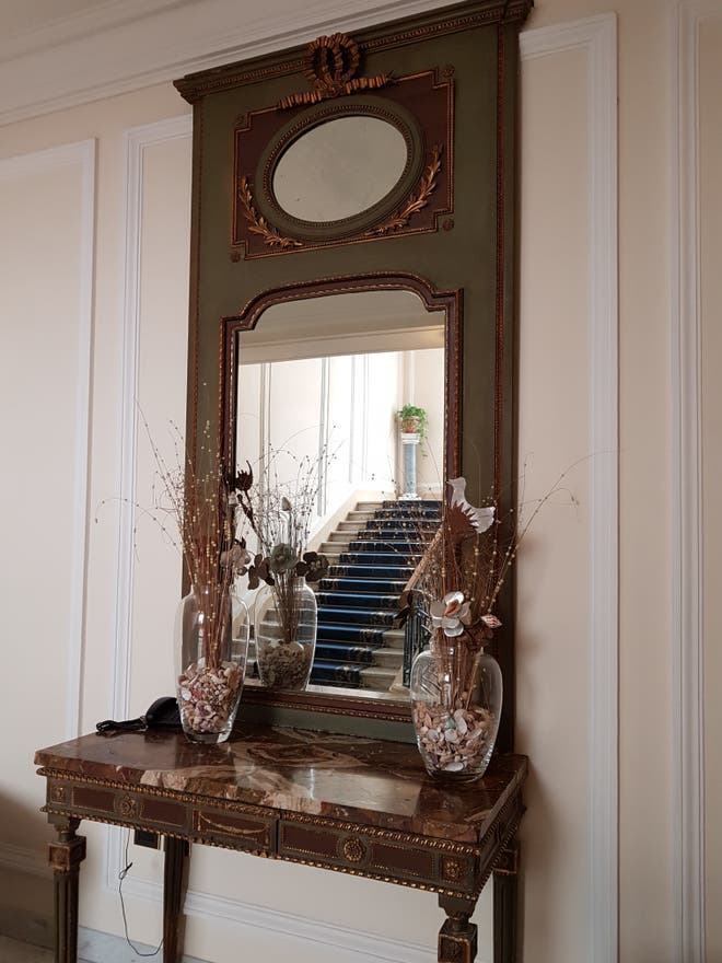 photos de miroir eurostars hotel excelsior naples 10490697. Black Bedroom Furniture Sets. Home Design Ideas