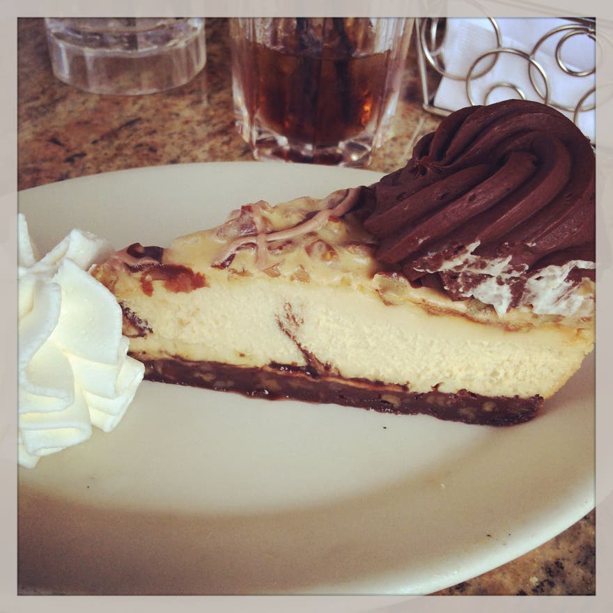 Postre en Cheesecake Factory