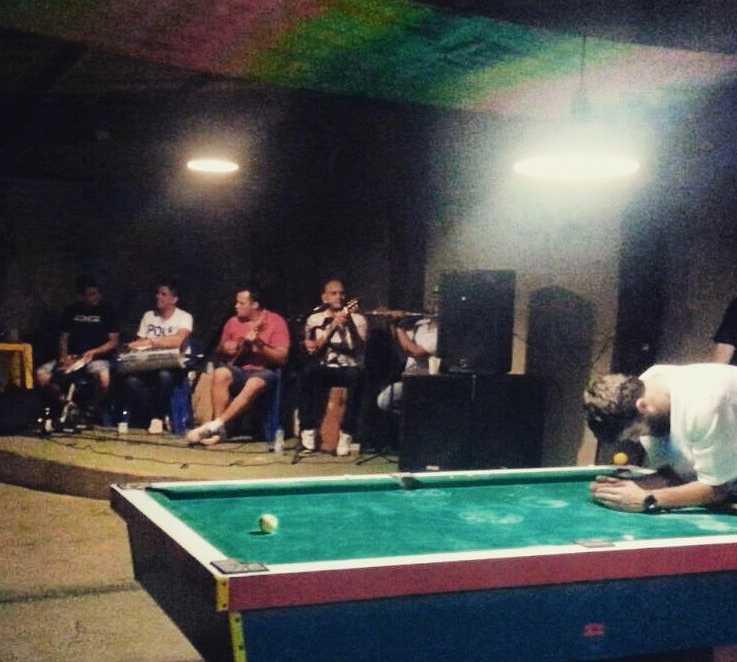 Deportes en Roots Bar