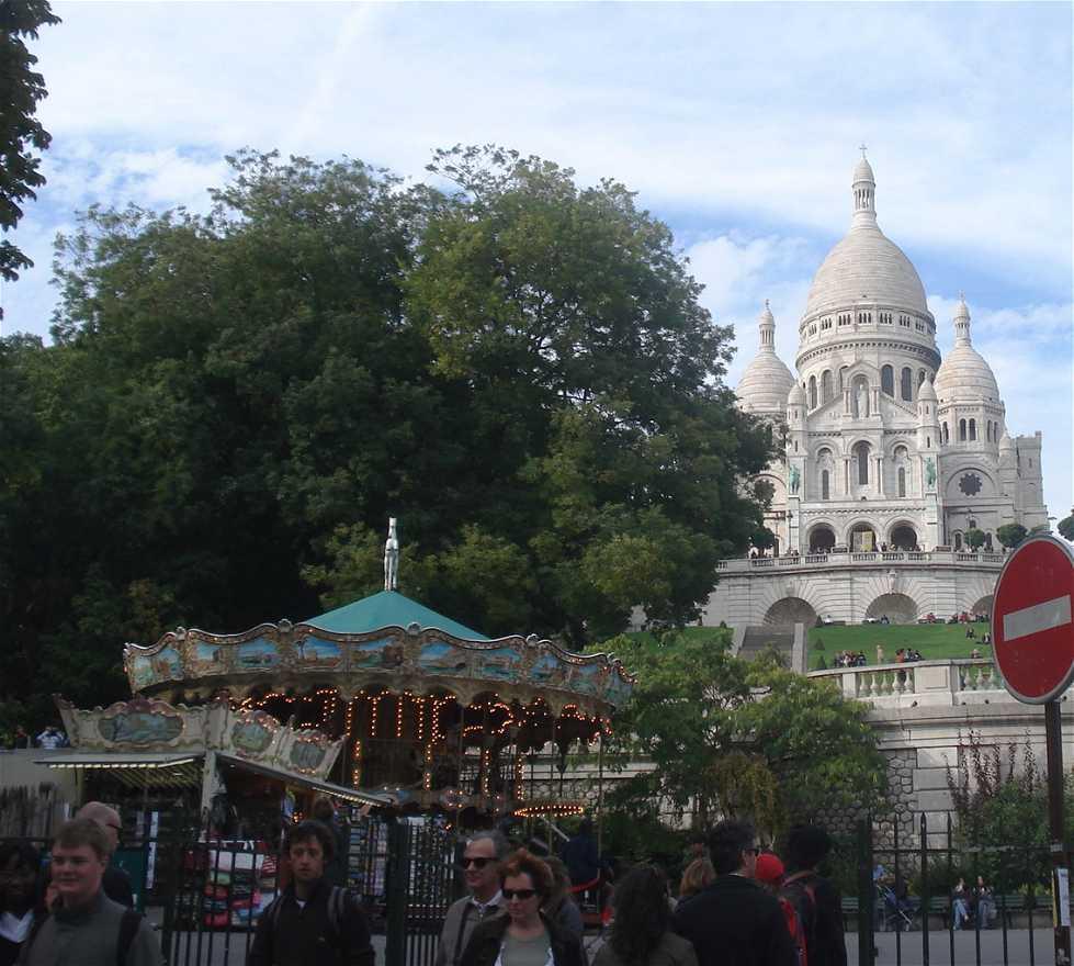 Pueblo en El Carroussel de Montmartre