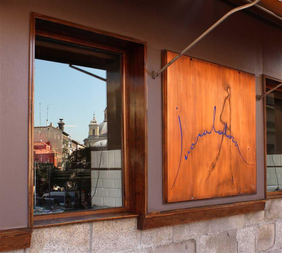 Fachada en Restaurante Juanalaloca