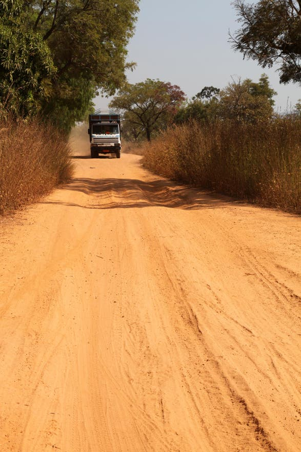 Dirt Road in Kandé