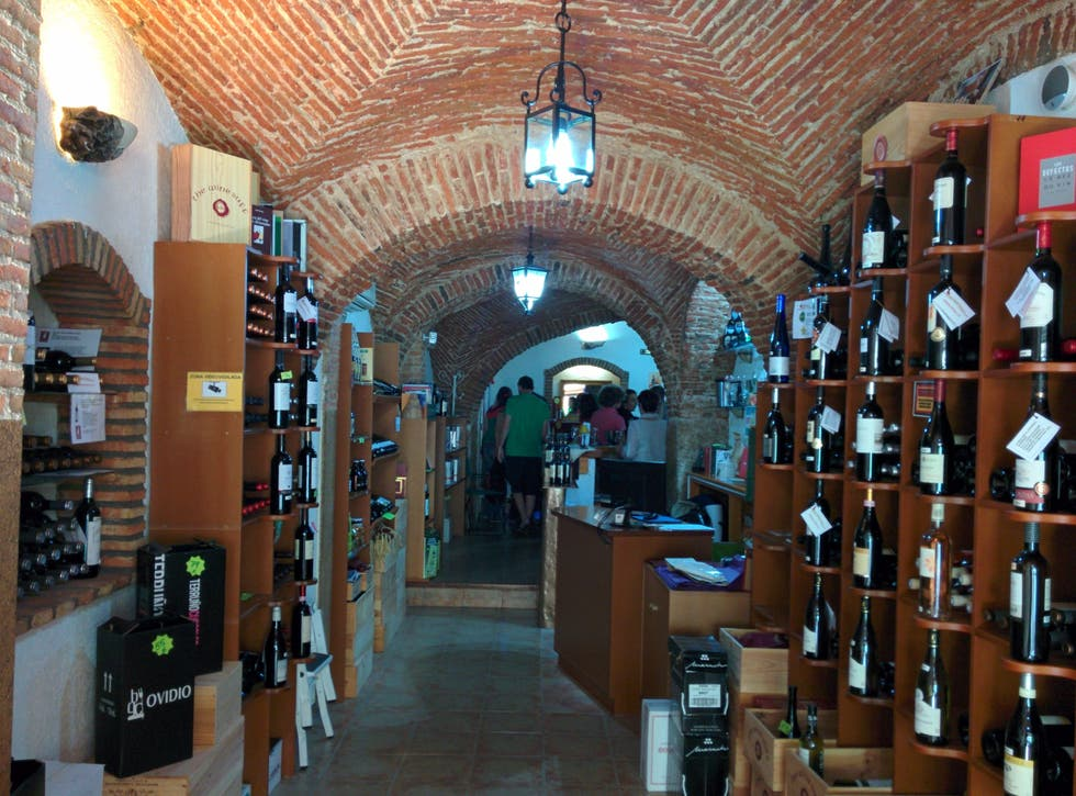 Fotos de vinoteca the wine buff im genes - Fotos de vinotecas ...