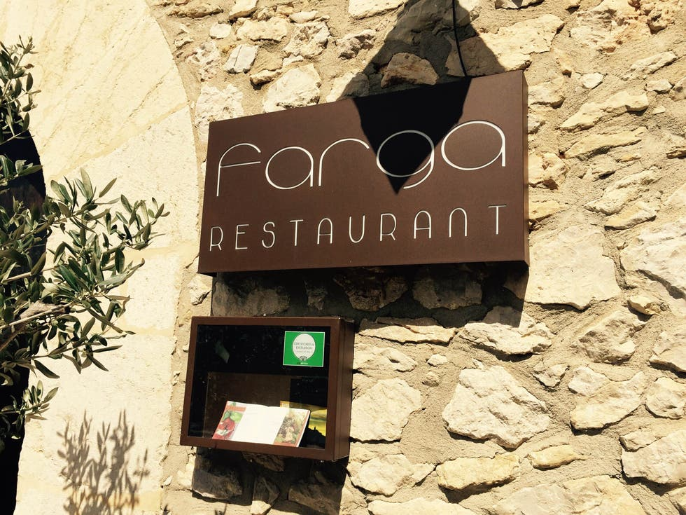 Pared en Restaurante Farga