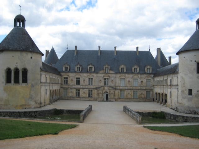 Château in Bussy-le-Grand
