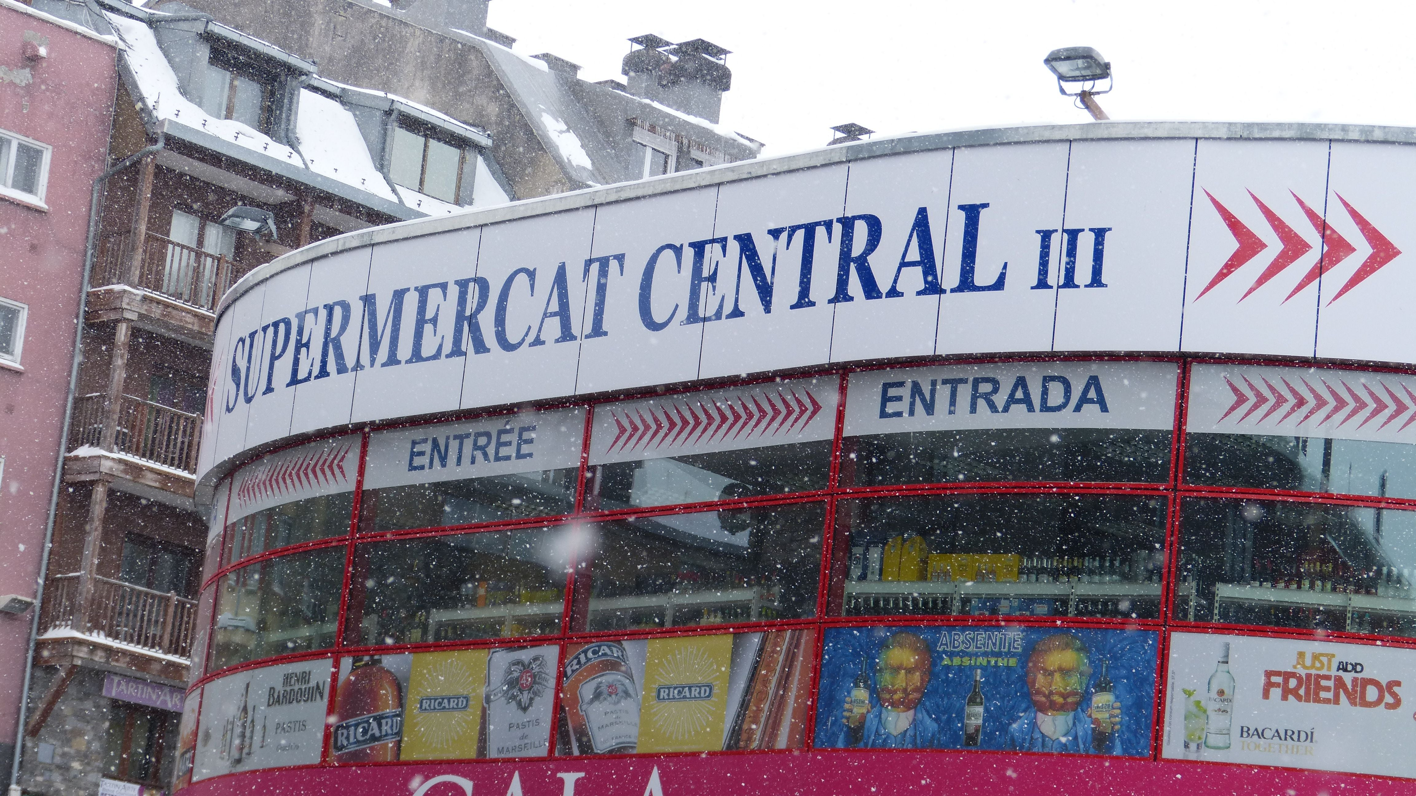 Signage in Supermercado Central III