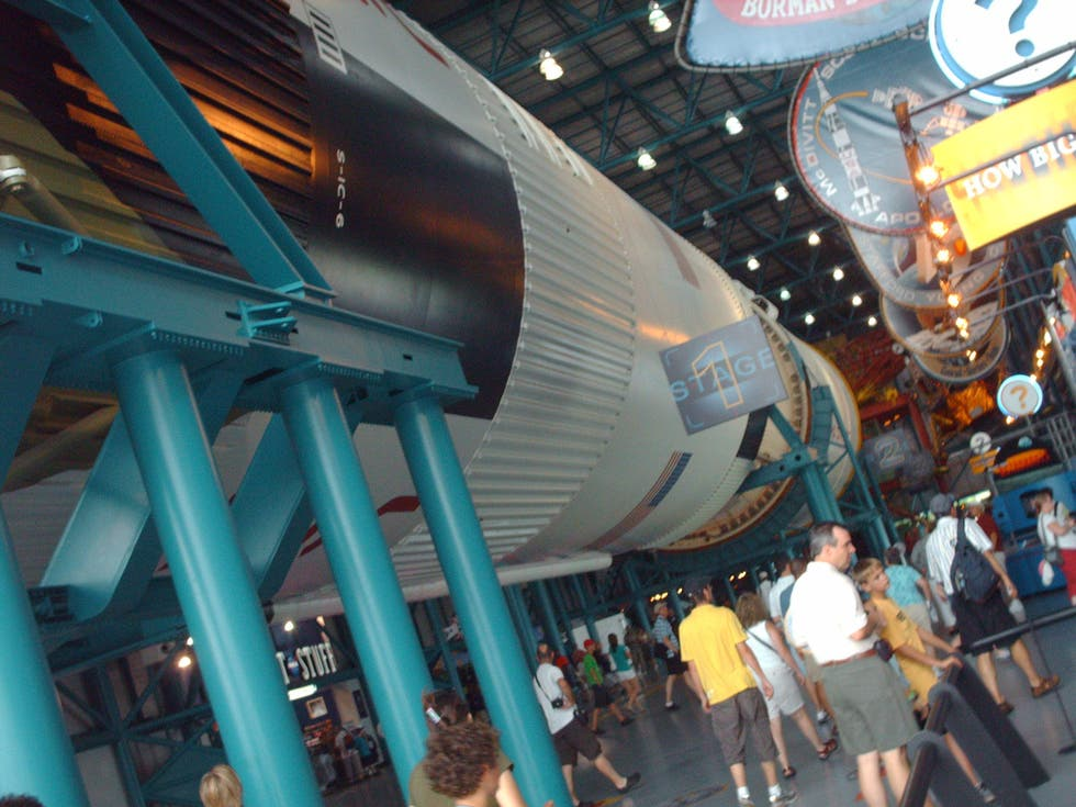 Parque de atracciones en Kennedy Space Center Bus Tour