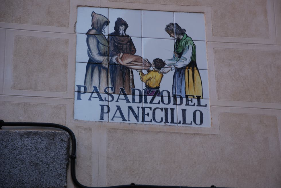 Pared en Pasadizo del Panecillo