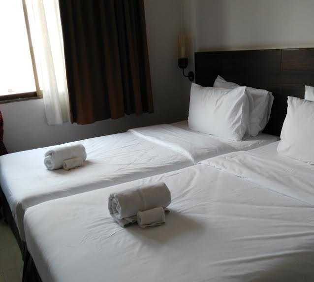 fotos de suite en pas cher hotel de bangkok bangkok 10325517. Black Bedroom Furniture Sets. Home Design Ideas