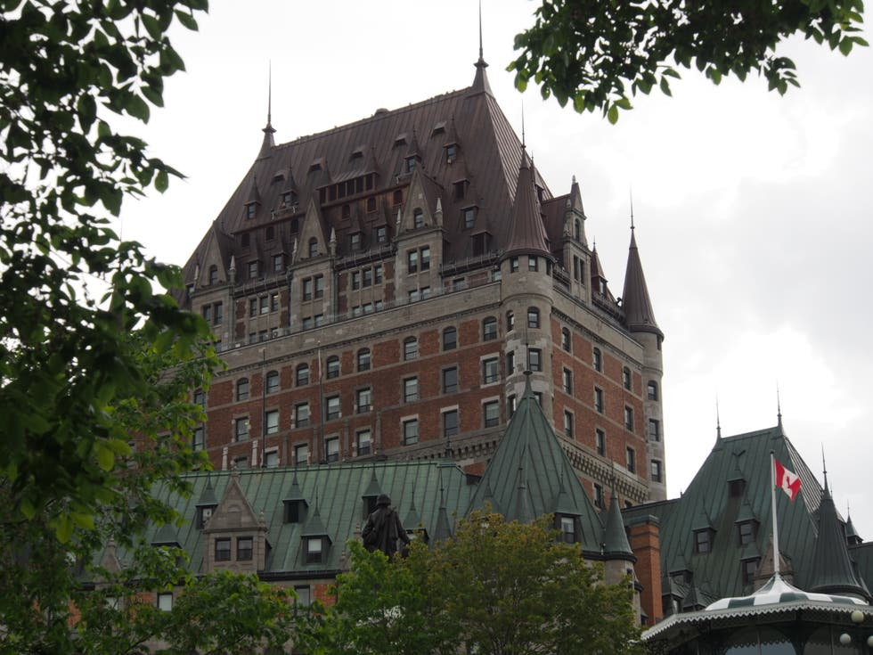 Photos de b timent h tel fairmont le chateau frontenac for Chambre chateau frontenac