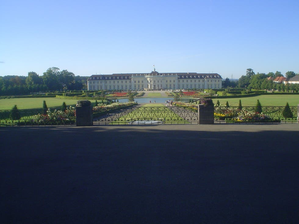 Photos of ludwigsburg palace images for Apartments near mercedes benz stadium