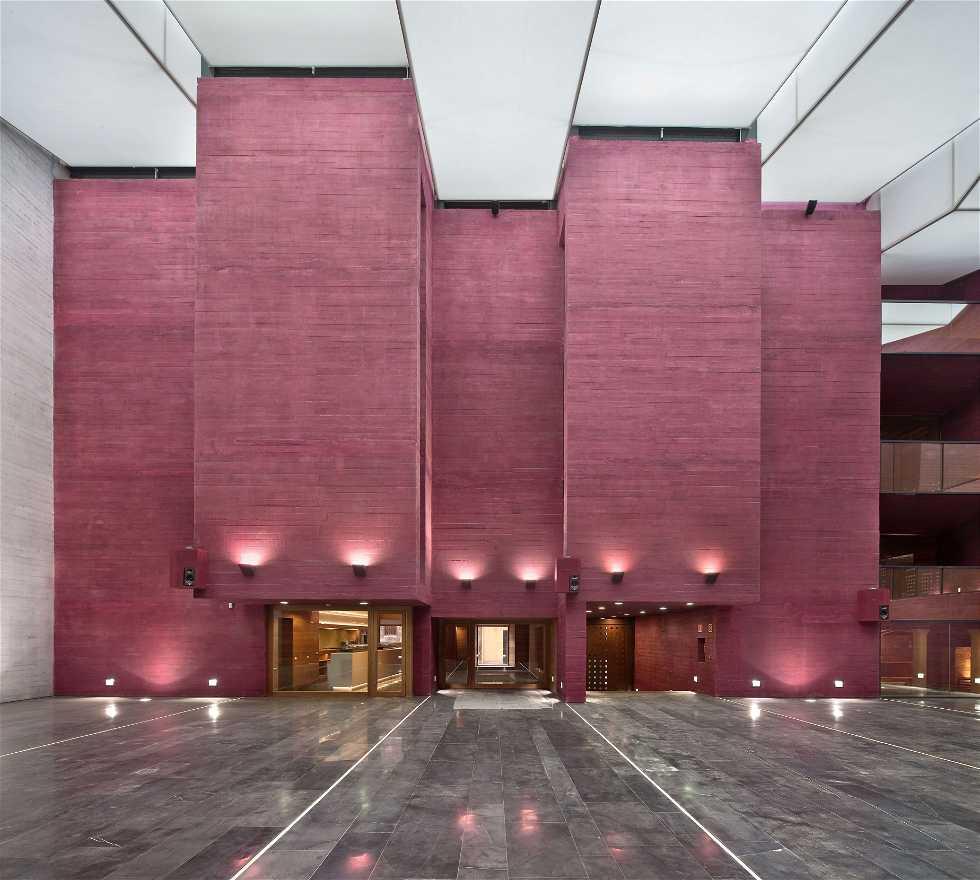 Arte moderno en Centro de la Cultura del Rioja - Cerrado