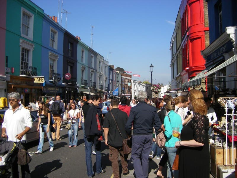 Multitud en Mercadillo de Portobello Road