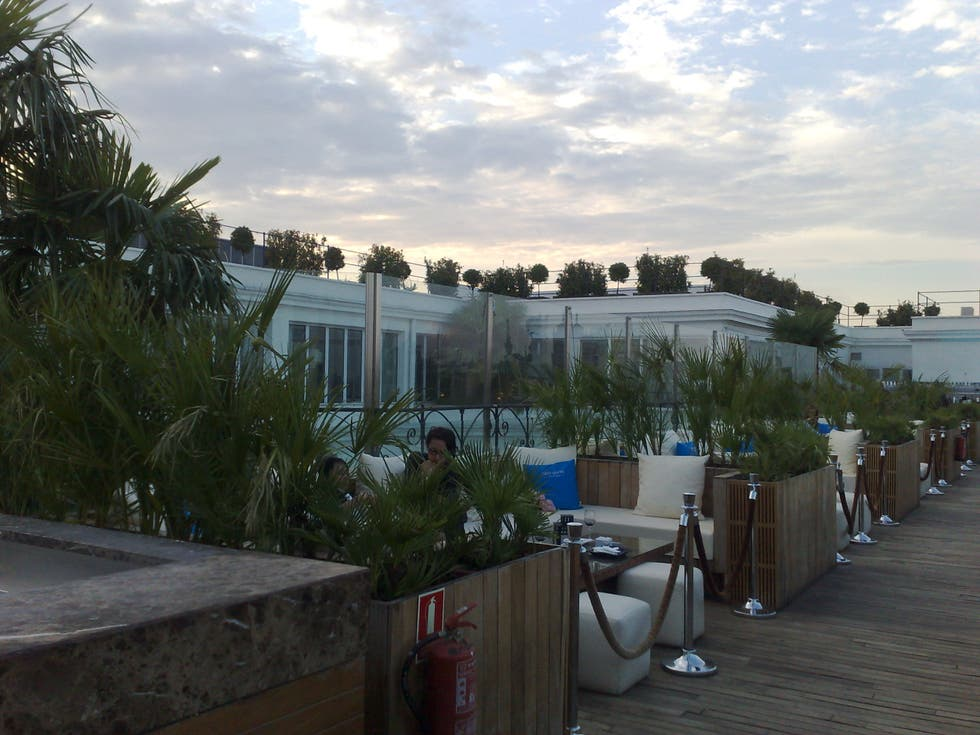 Paseo en The Roof – Hotel ME Madrid