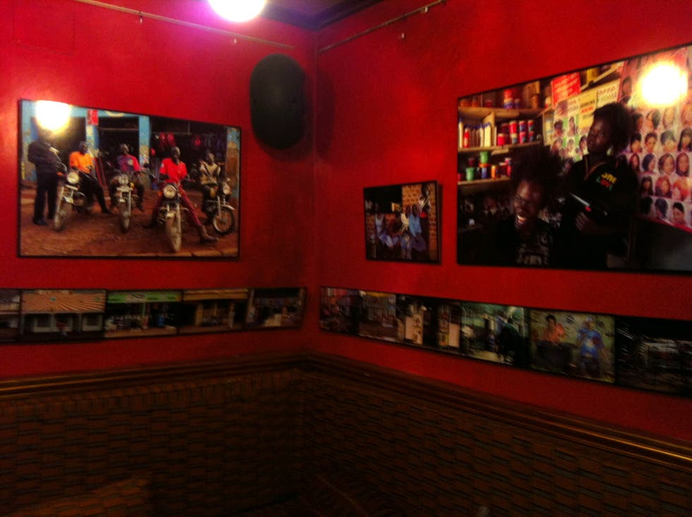 Sala de conciertos en Bar The Man of the Moon