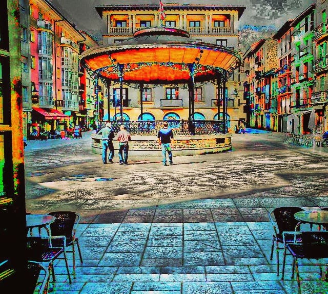 Zona urbana en Plaza de la Música