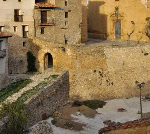 Pueblo en Portal de la Fuente