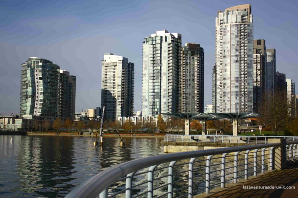 Ciudad en False Creek