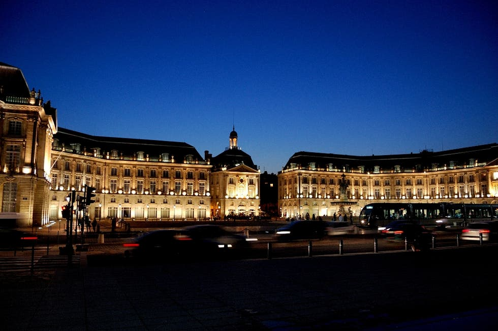 Dusk in Place de la Bourse