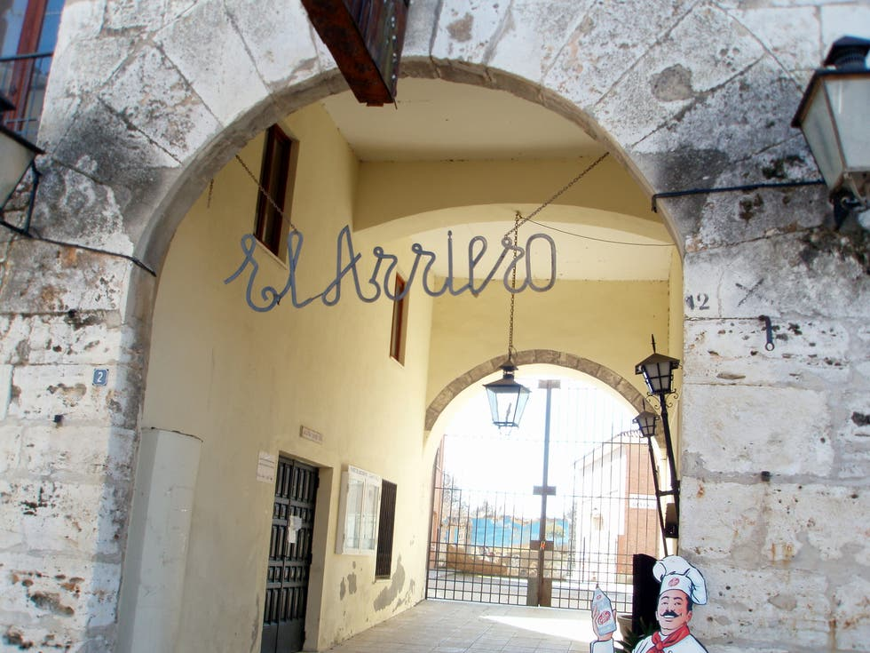 Architecture in Dueñas