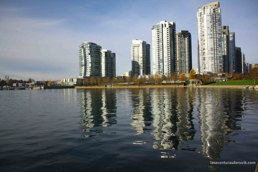 Skyline en False Creek