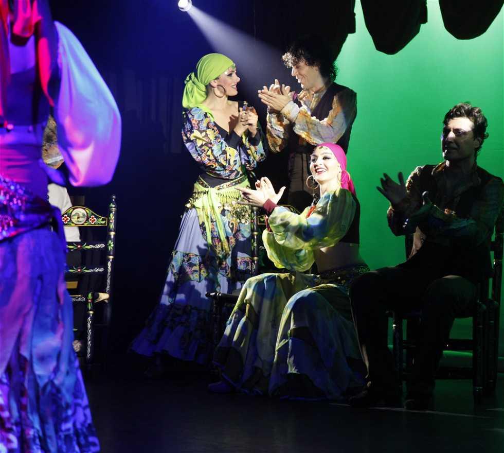 Actuación en Sala El Embrujo