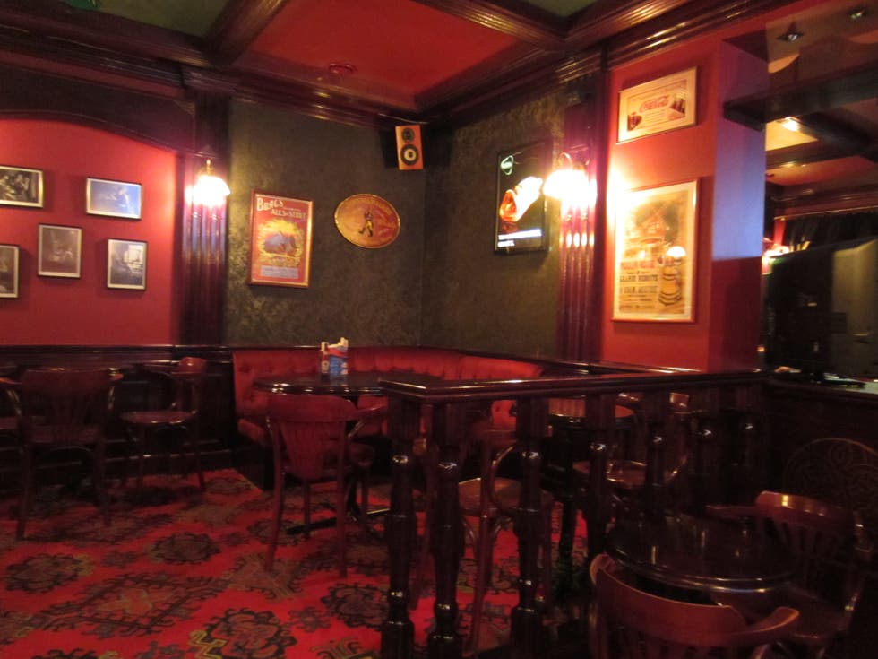 Sala de conciertos en Highlander whisky bar