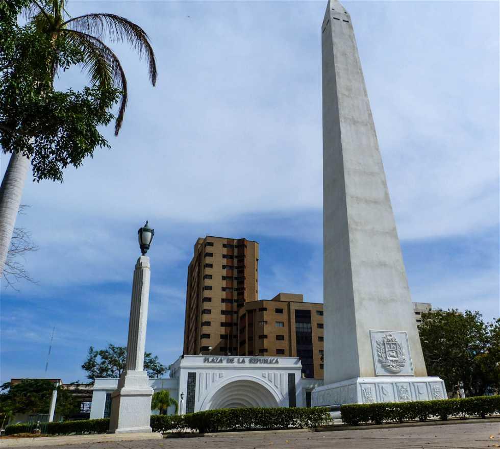 Edificio en Plaza de la República