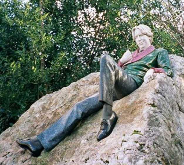 Escultura en Estatua de Oscar Wilde