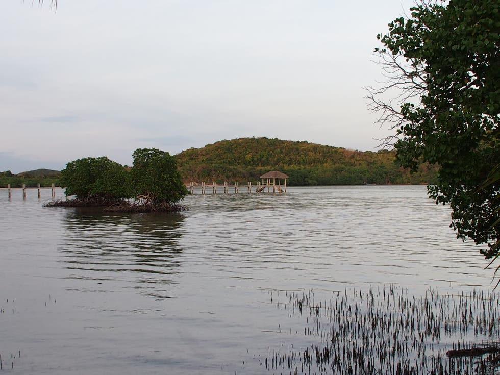 Embalse en Coral Bay Beach and Dive Resort